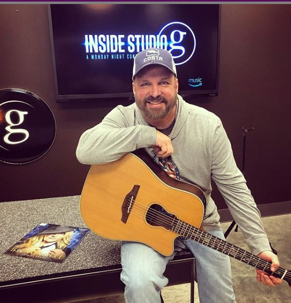 Check out the new Garth Brooks and Blake Shelton song Dive Bar (as sung by a random YouTuber)