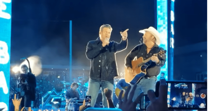 Watch Garth brooks and Blake Shelton perform 'Dive Bar' for the first time live
