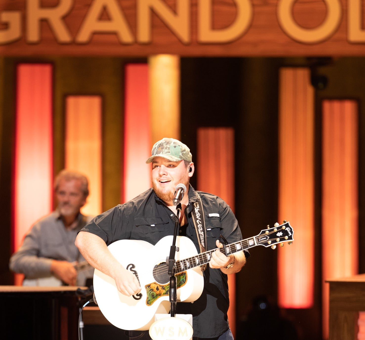 Luke Combs to be inducted into the Grand Ole Opry tonight
