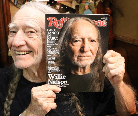 "Streaming Country Stars: Willie Nelson in ""Paradox"""
