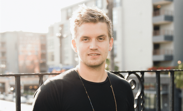 Read more about the article Gabbing with Levi Hummon