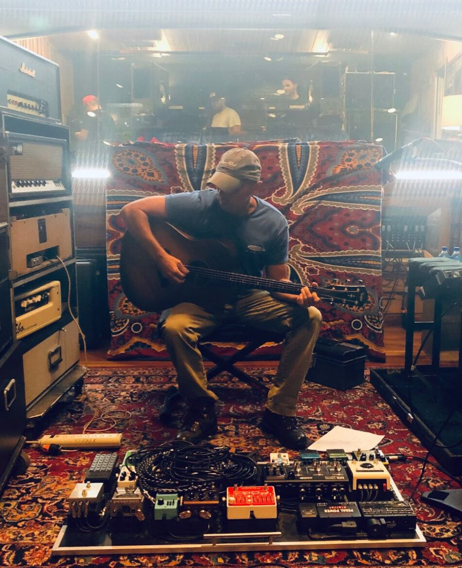 Kenny Chesney aims for late spring for new music