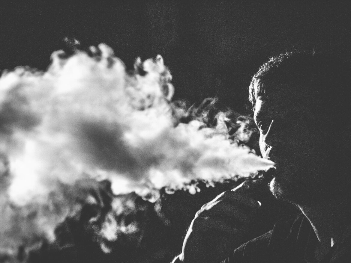 How Is Vaping A Safer Choice Than Cigarette Smoking?