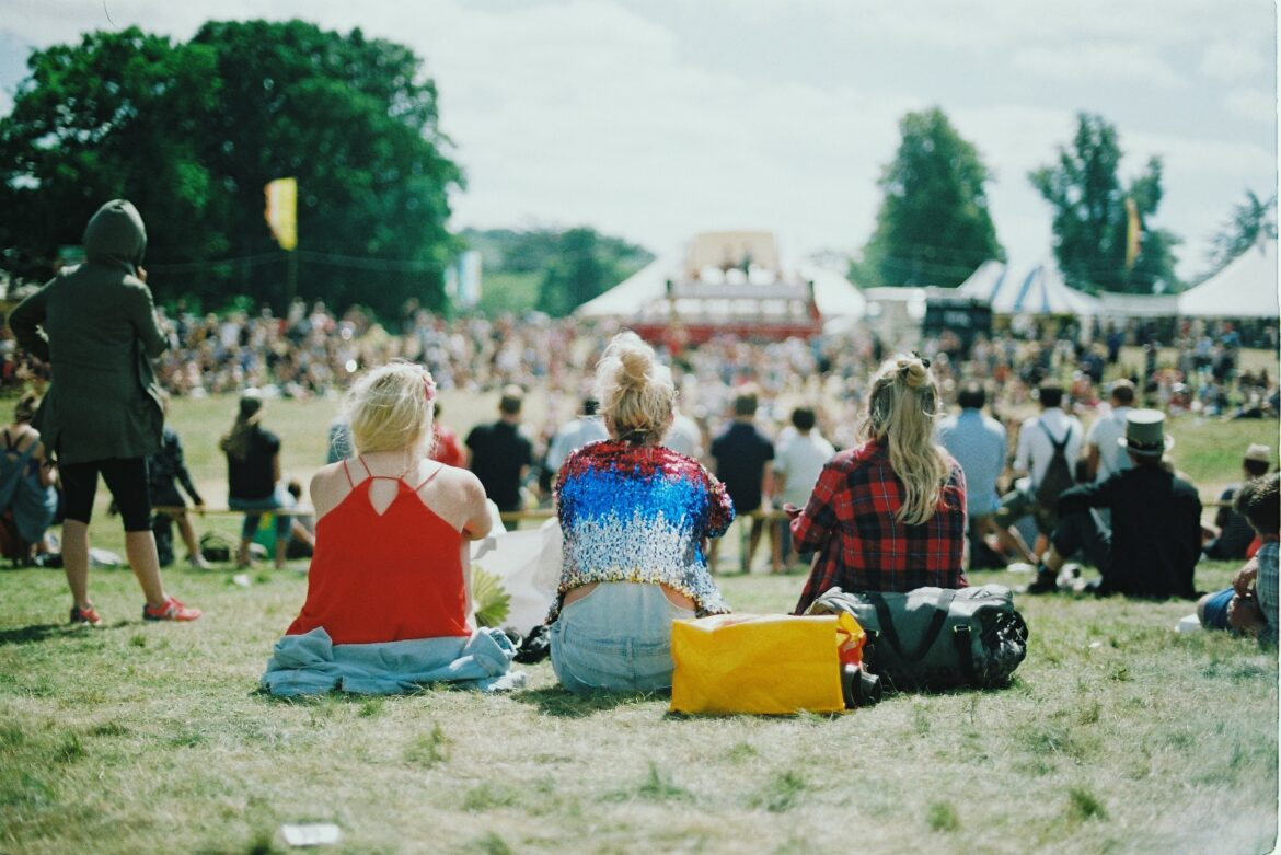 Seven Moments That Basically Sum Up Your Festival Event Experience