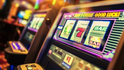 Why Is Online Gambling Witnessing A Rising Trend In Canada?