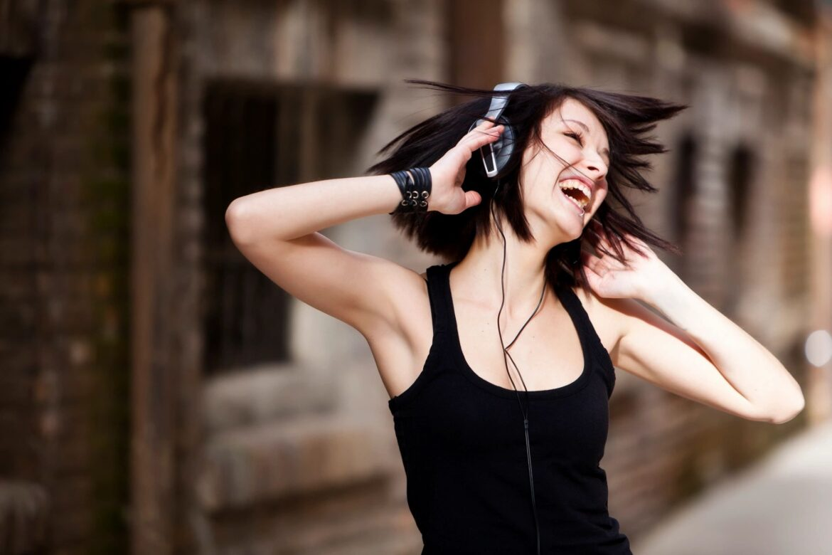 5 Great Online Communities for Music Lovers