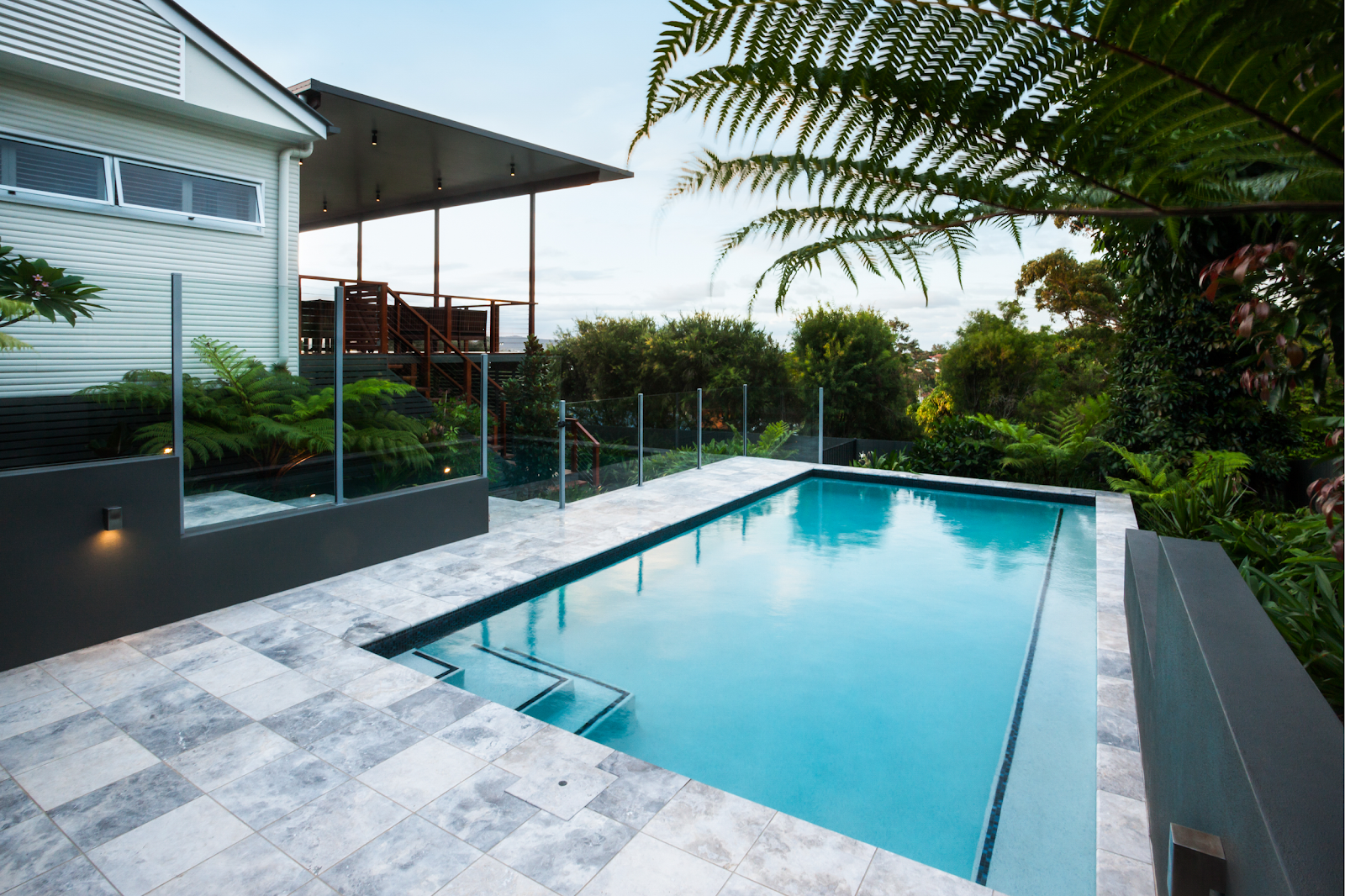 Read more about the article Top 5 Questions to Ask Yourself Before Building a Swimming Pool