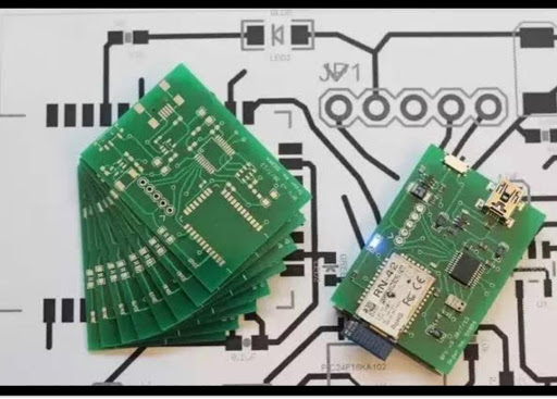 Read more about the article How Does The  PCB Manufacturing Process Work?