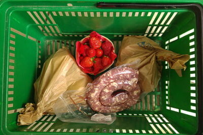Why should you replace your plastic bags with reusable mesh bags?