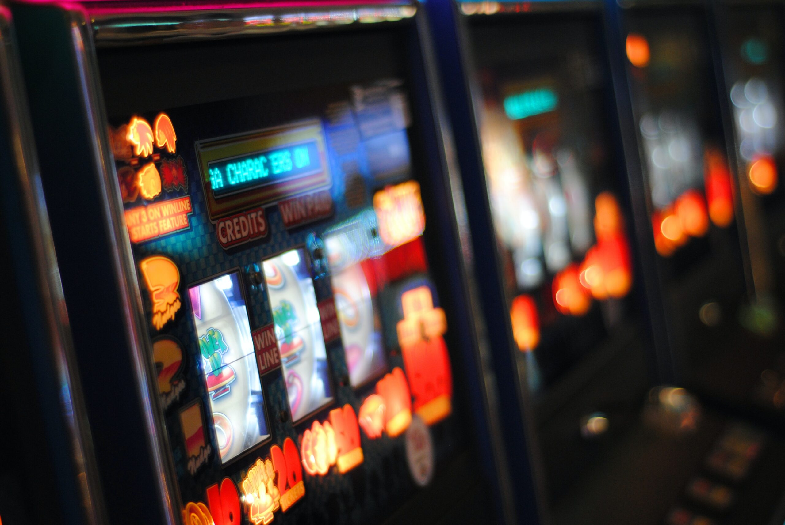 Read more about the article How Slot Machines Create Atmosphere & Emotion via Music