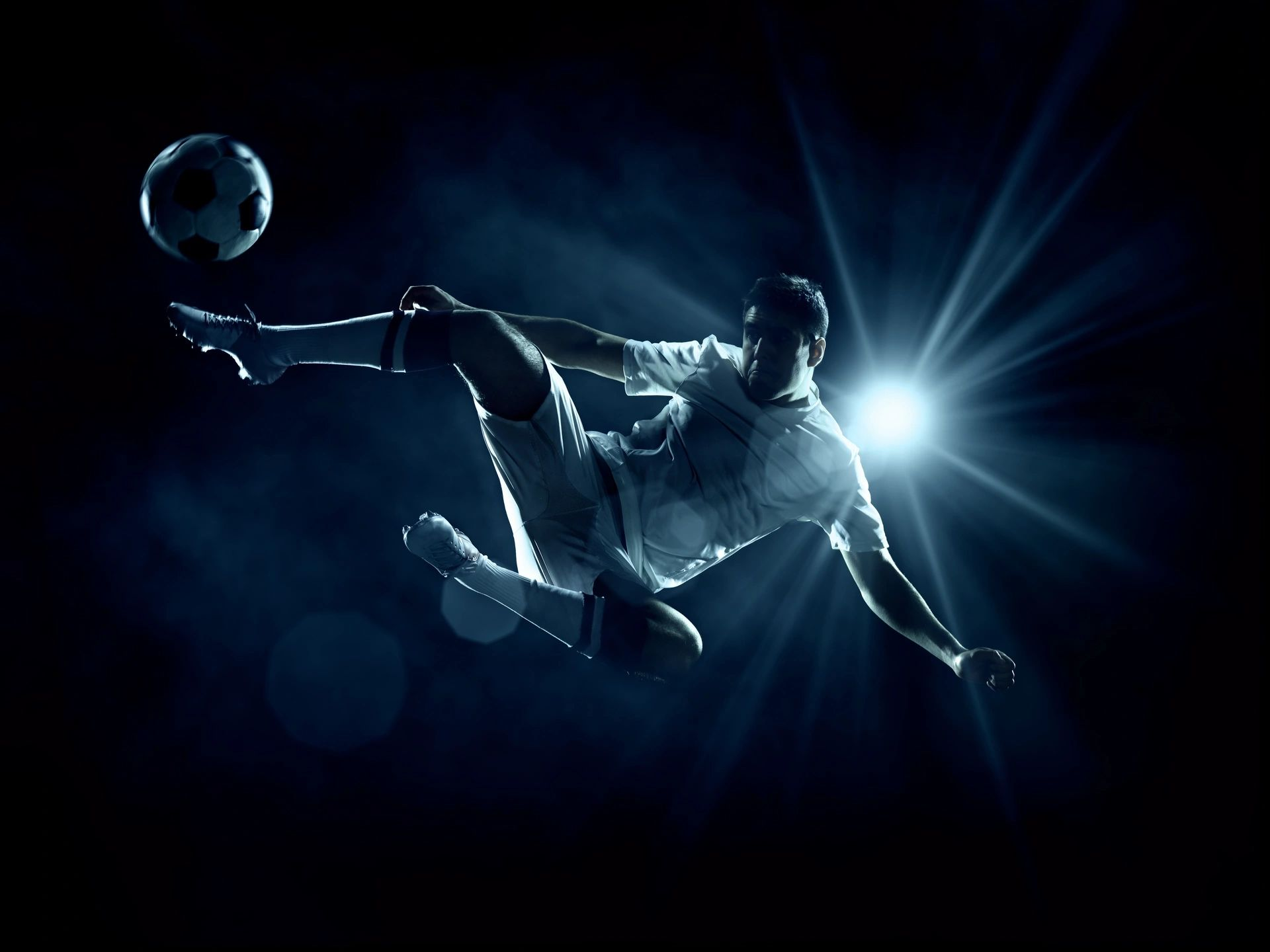 Read more about the article Most predominant strategies to know about football betting