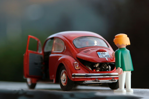Read more about the article Driving Without Insurance: What Are the Penalties?