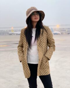 dewi perssik20200327001non fotografer kly