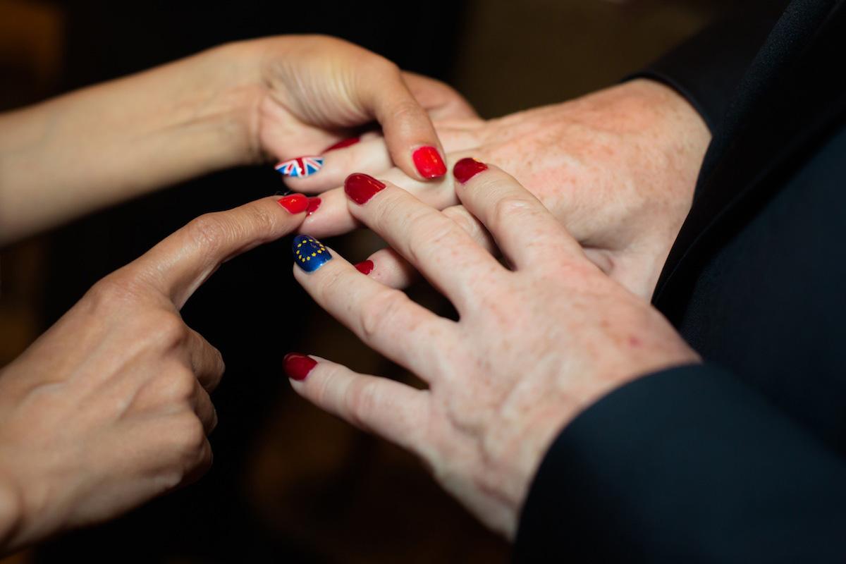los angeles event photographer eddie izzard nails