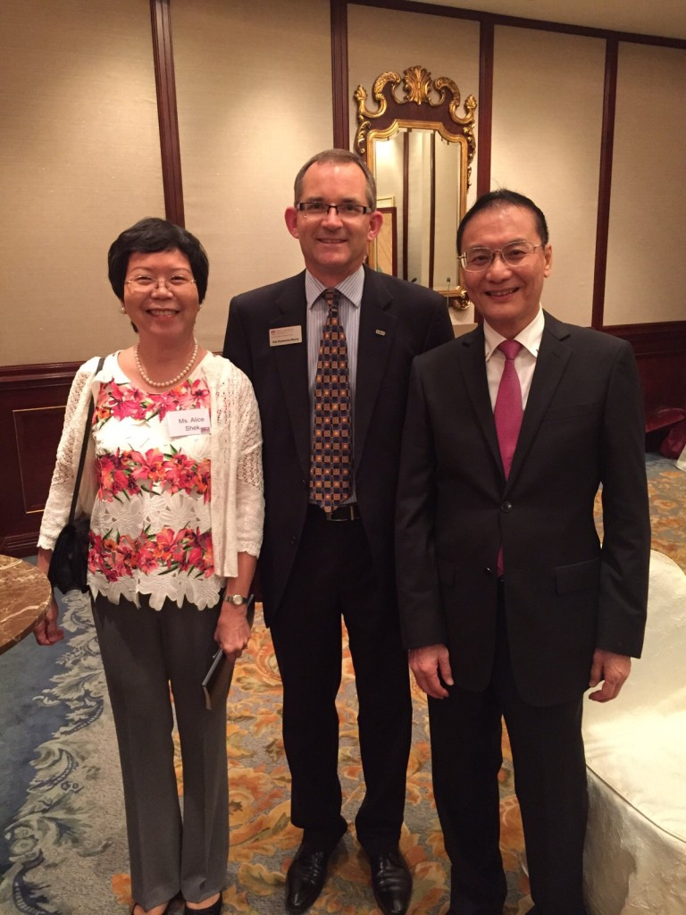 Ms Alice Tam, Dr Summerby-Murray and Mr. William Lau