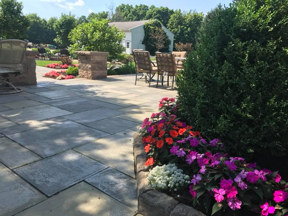Landscaper Daily Responsibilities in Mahoning County