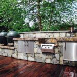 Outdoor Kitchen Cooking and Grilling Area