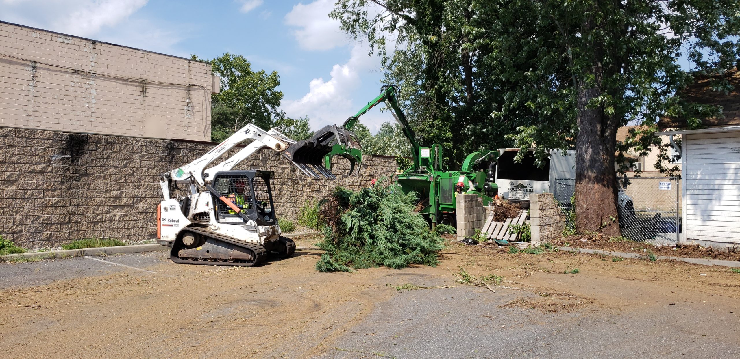 Boulder Hill Tree Service Removal Machinery