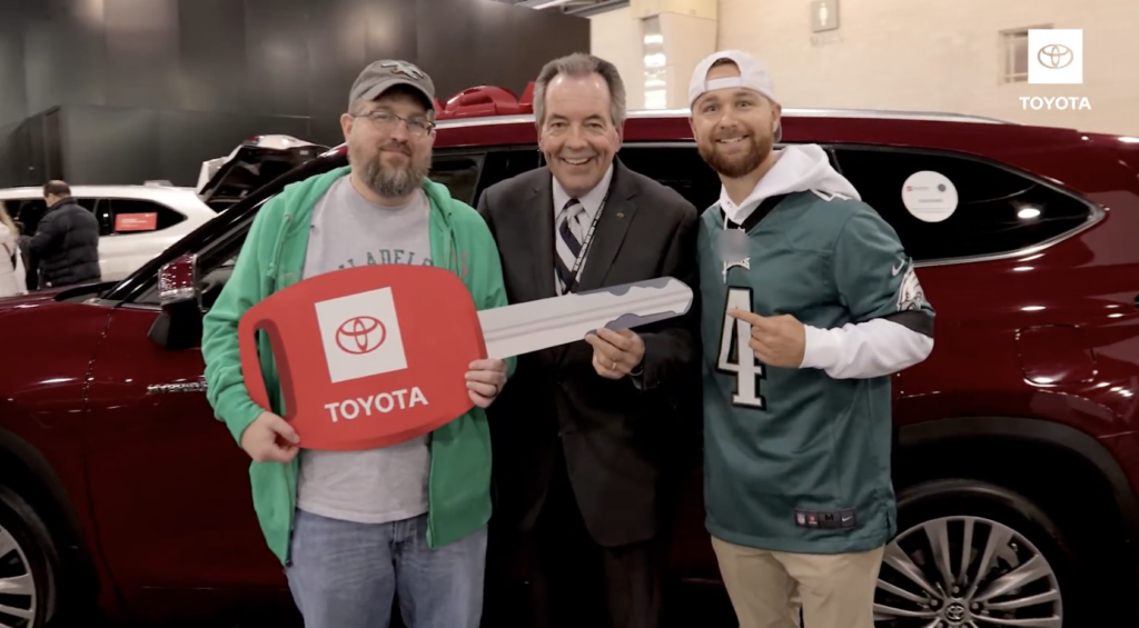 SURPRISE & DELIGHT: Toyota and Philadelphia Eagles Car Giveaway