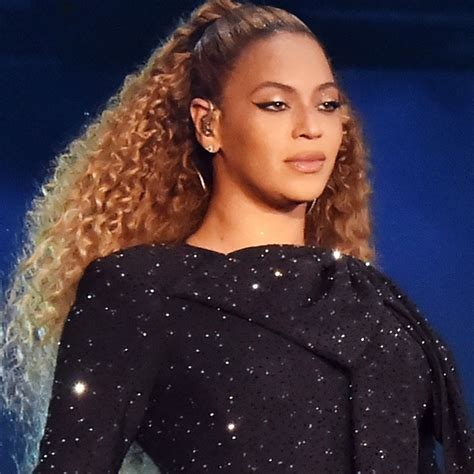 BEYONCE IS REPORTEDLY NEGOTIATING $100M DEAL WITH DISNEY TO PRODUCE THREE PROJECTS INCLUDING 'BLACK PANTHER 2'