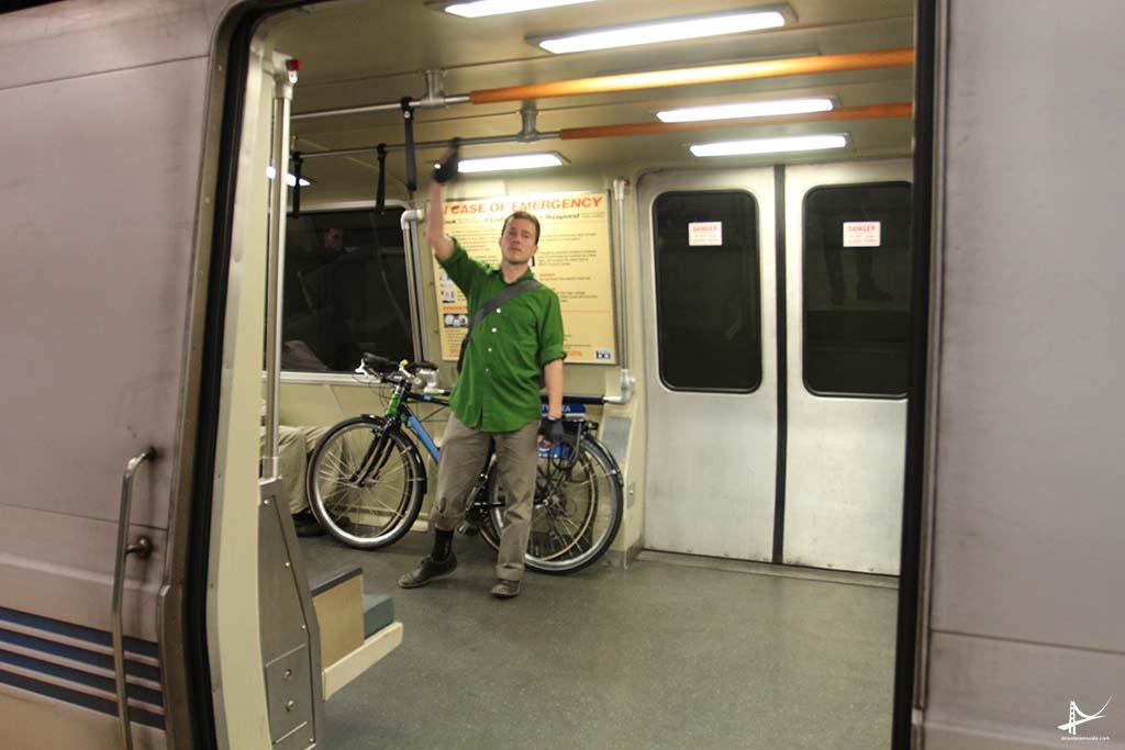 Bicicletas no BART em San Francisco