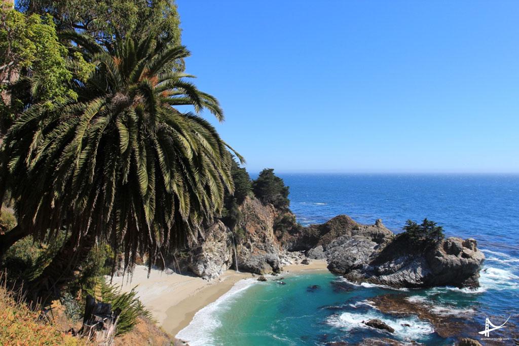 A cachoeira mais famosa do litoral da California - McWay Falls