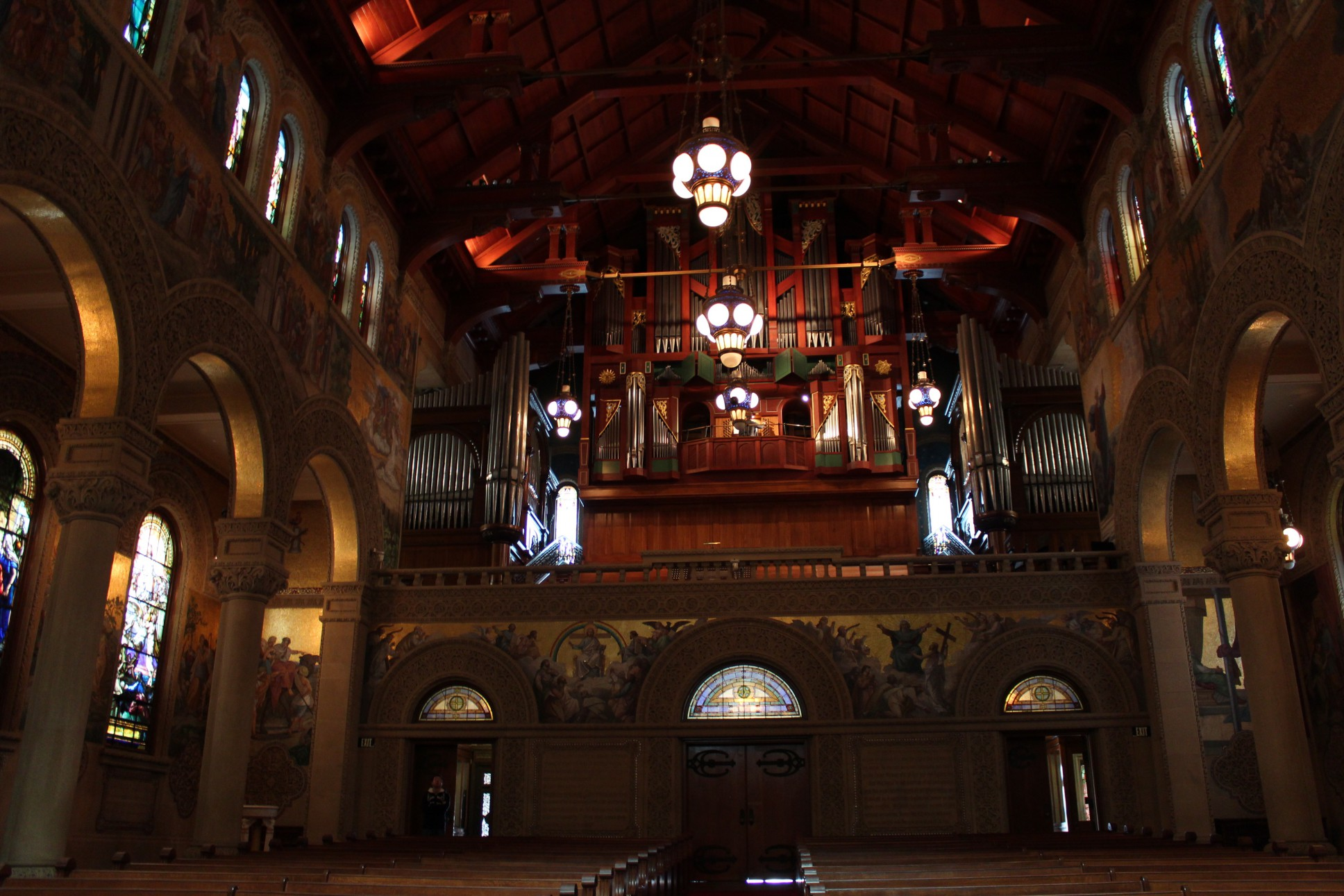 Interior da Memorial Church - A igreja de Stanford