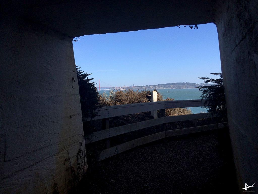 A vista do túnel para chegar no Point Reys lighthouse