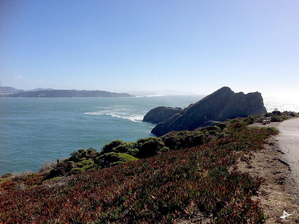Caminho do estacionamento ao Point Reys Lighthouse