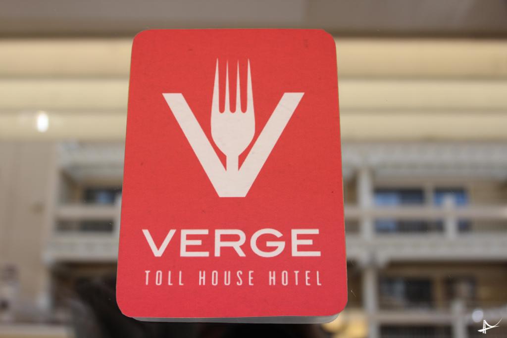 Verge o restaurante do Hotel Toll House