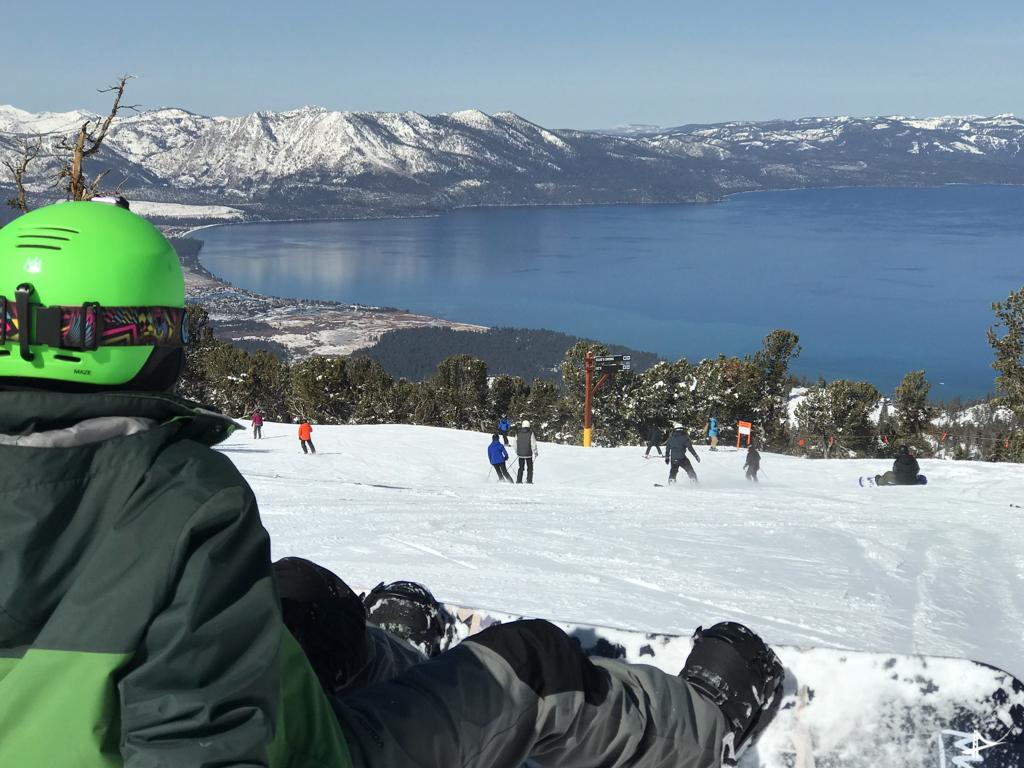 Vista de Heavenly do alto da montanha