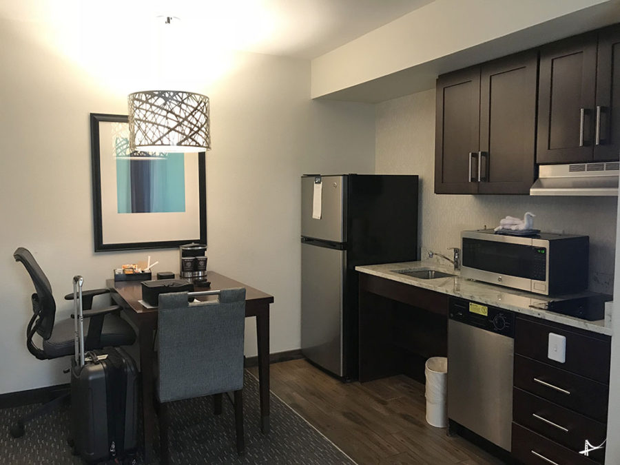 Cozinha nos apartamentos do Homewood Suites by Hilton