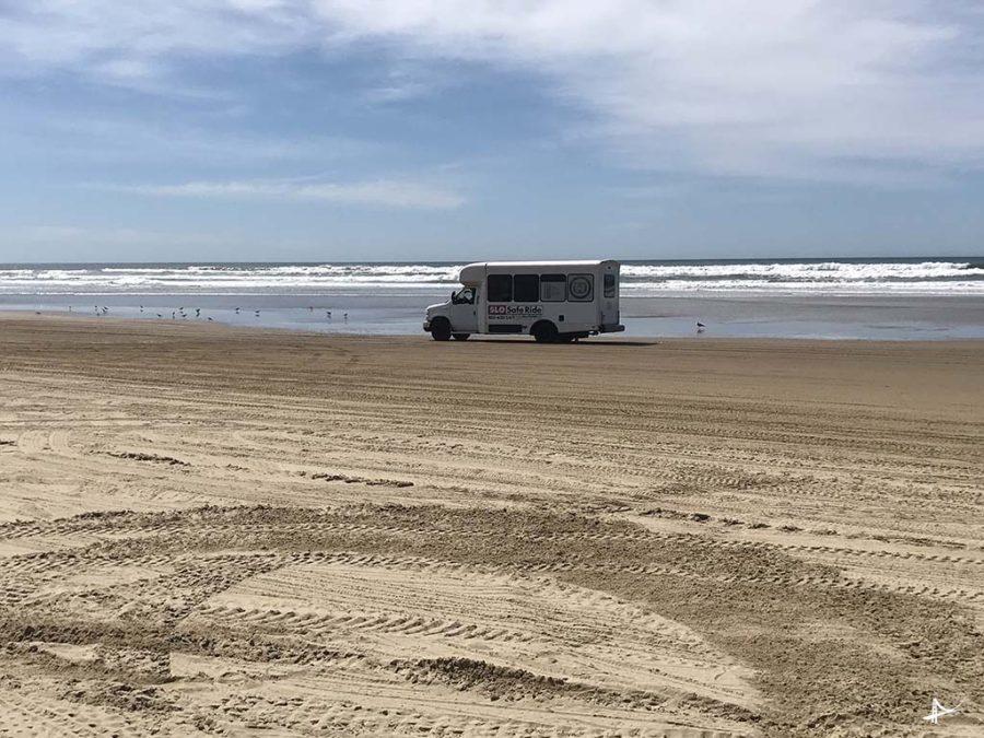 Van da loja até a área de recreação na praia