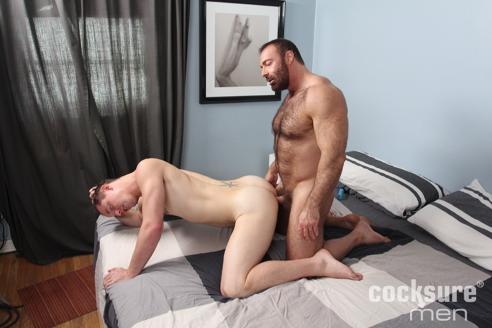 Hairy Daddy Brad Kalvo Barebacks Jed Athens 7