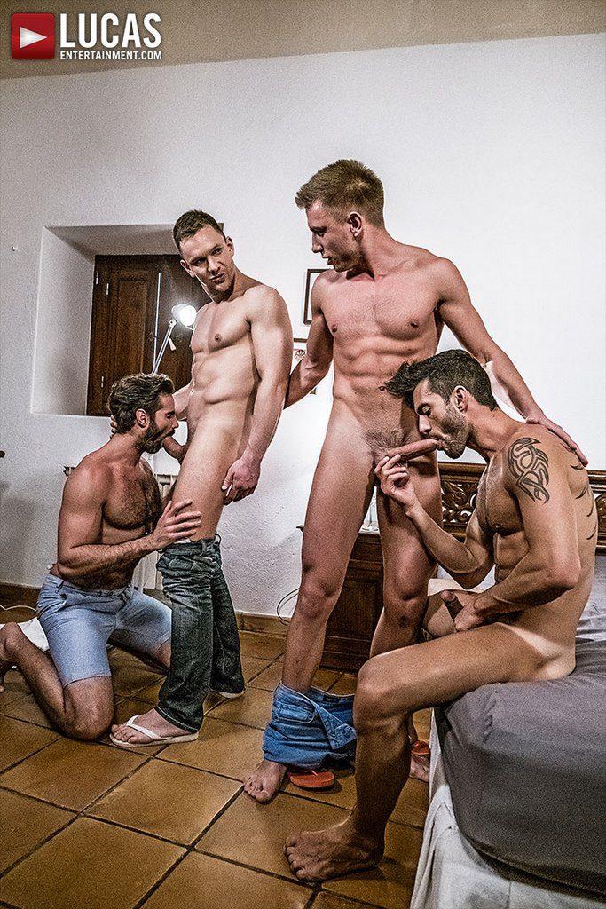 Four Hung Guys Have Bareback Orgy 01