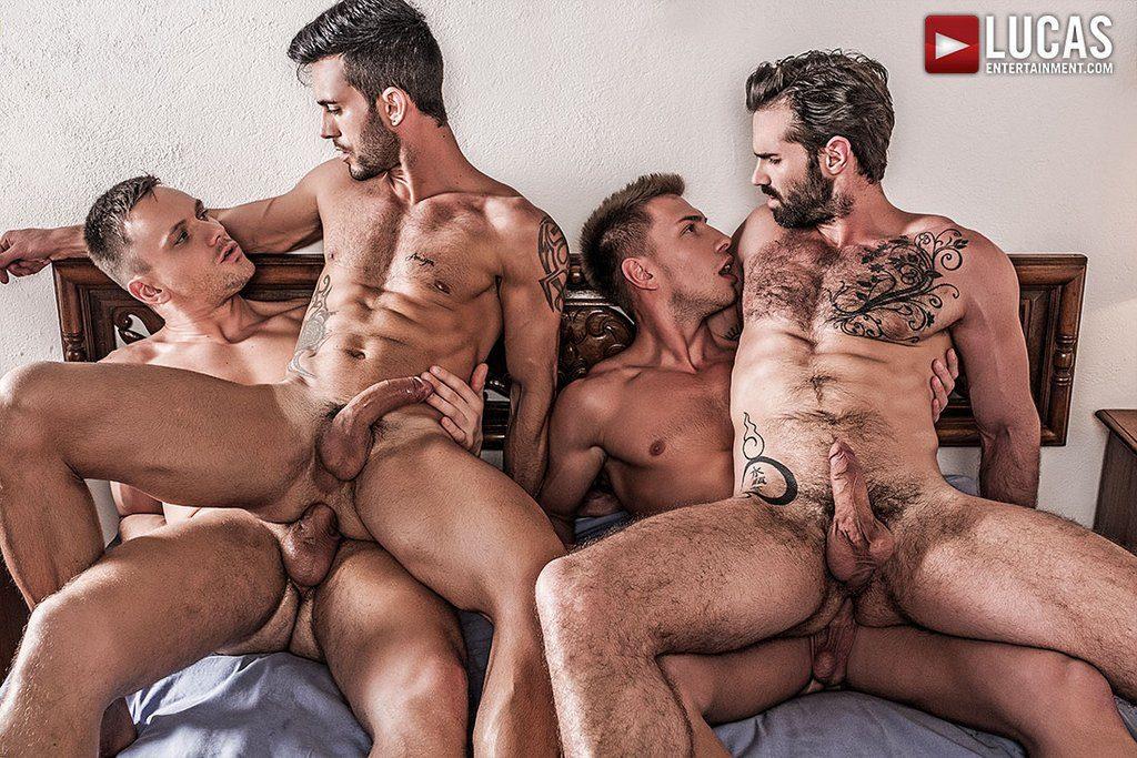 Four Hung Guys Have Bareback Orgy 04