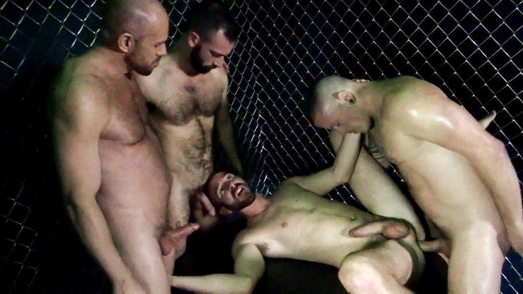 Horny Guards break in New Prisoners 03