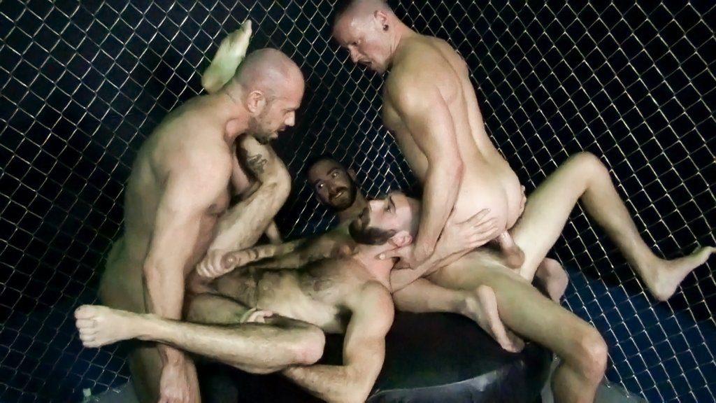 Horny Guards break in New Prisoners 05