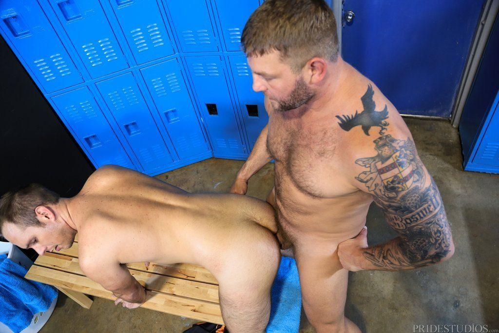 Colby Jansen Drills Devin Adams In the Locker Room 06