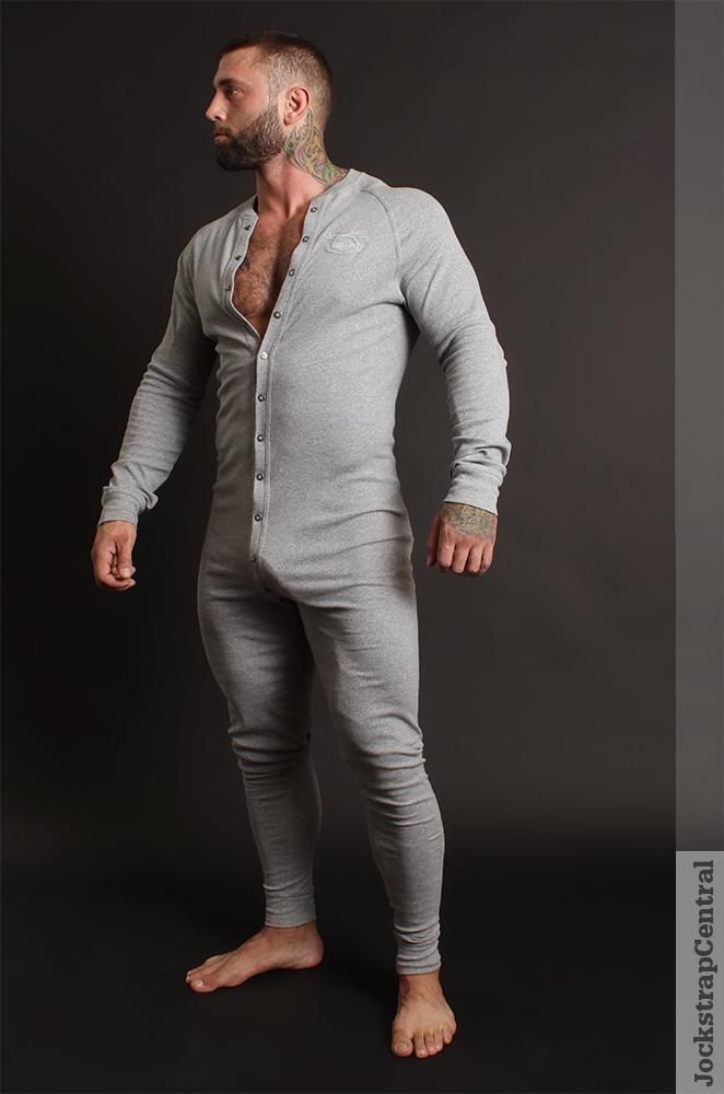 Masculine Model Simon Marini 03