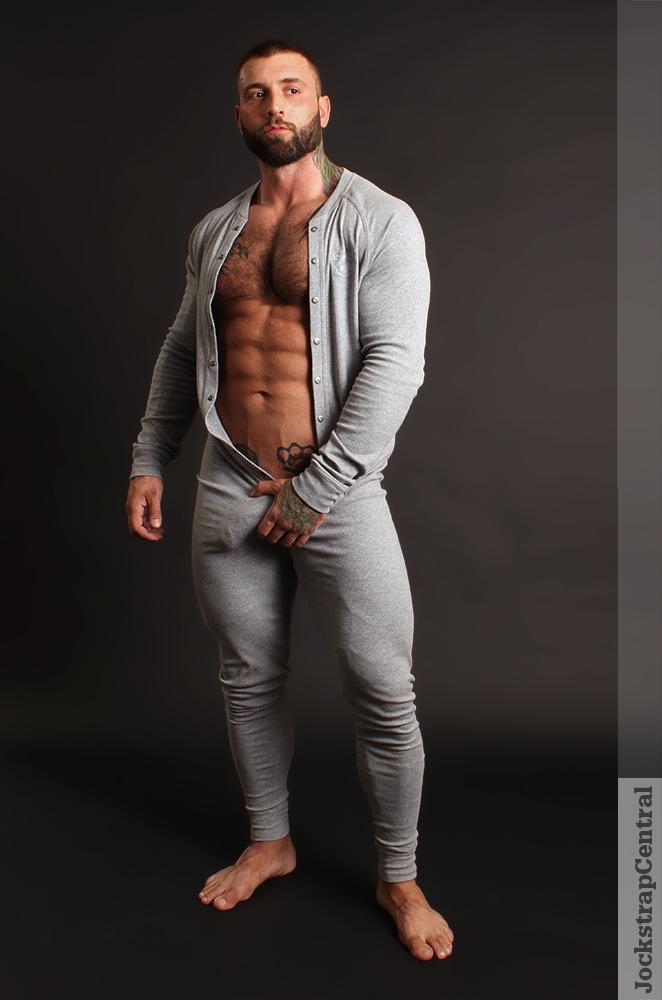 Masculine Model Simon Marini 06