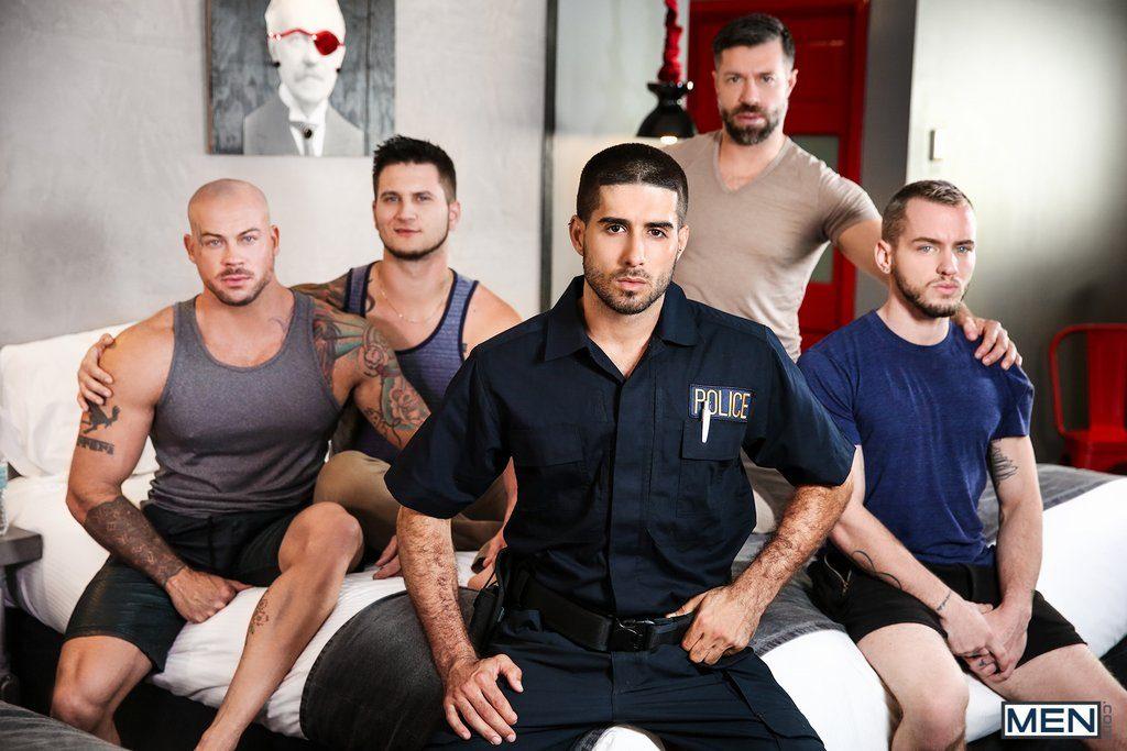 Five Sexy Guys Fuck Hard 01