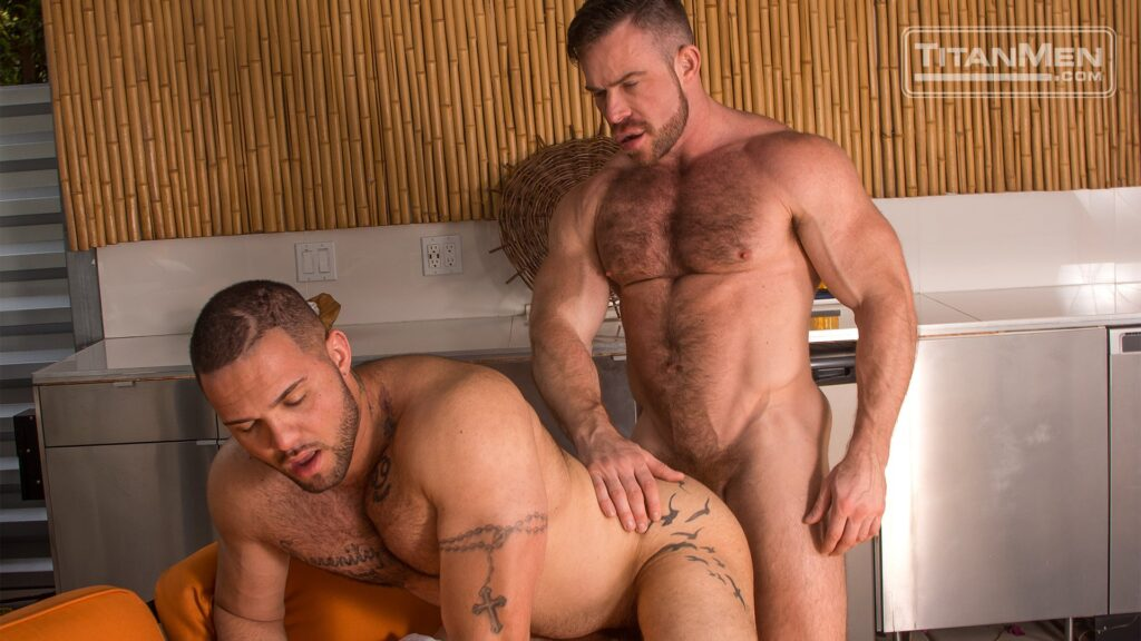 Liam Knox Bangs Julian Knowles 02