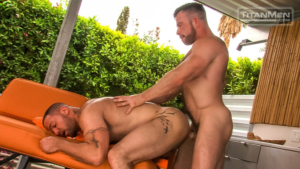 Liam Knox Bangs Julian Knowles 04