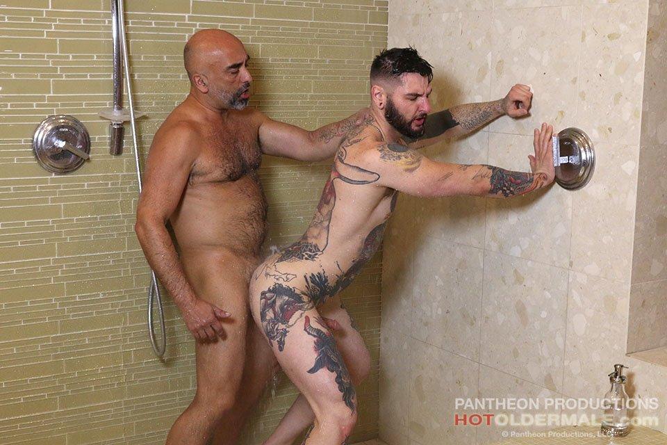 Brian Davilla Fucks Teddy Bryce Raw 02