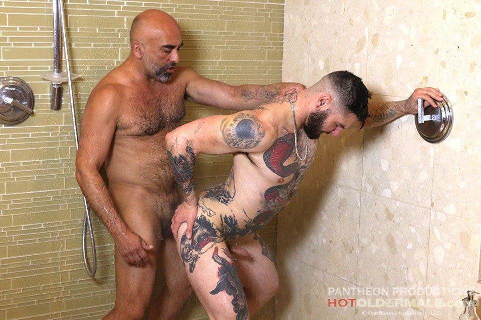 Brian Davilla Fucks Teddy Bryce Raw 03