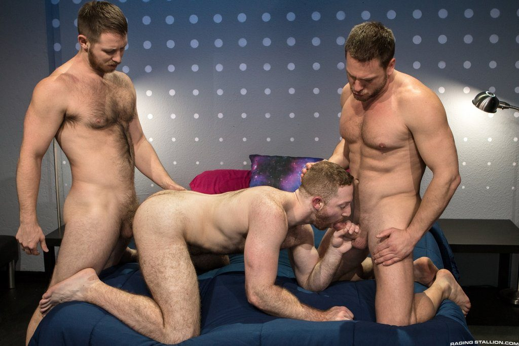 Spencer Whitman Fucks Sean Knight and Hans Berlin 01
