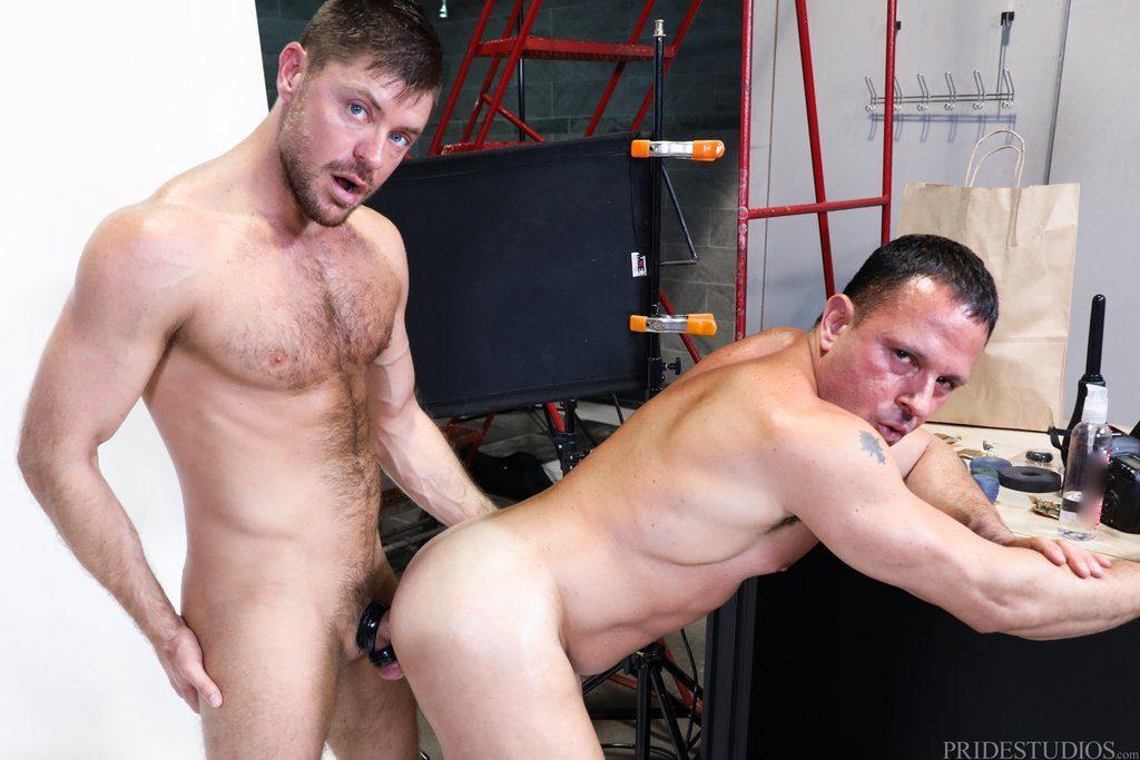 Jack Andy Pounds Tony Lazzari 03