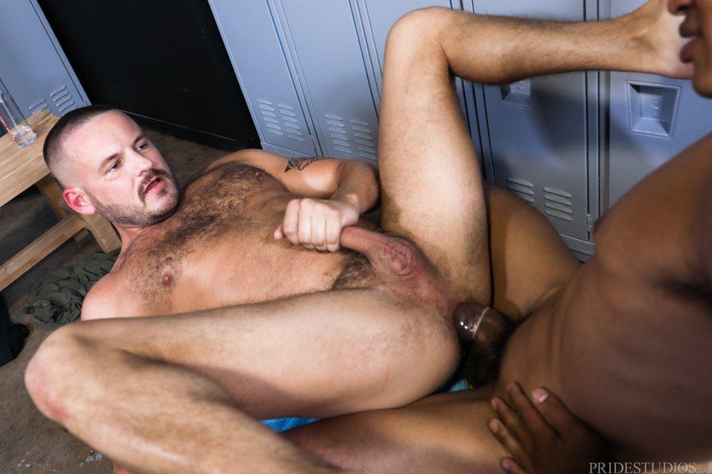 Mateo Fernandez Pounds Sean Harding Deep 05