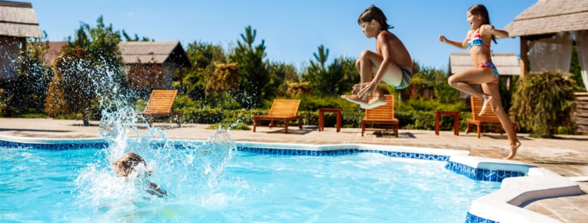 10 of the Best Swimming Pool Games